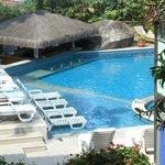 Excelente piscina com vista para a Praia do Viana