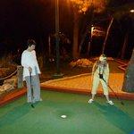 Мини гольф на территории комплекса