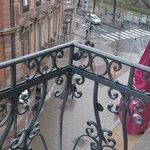 balcon donnant sur la rue du maire Kuss