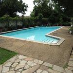 Swimming Pool at Jean-Lee B&B