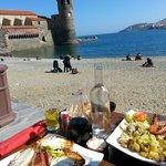 Un dimanche en terrasse sous le soleil de Collioure. Accueil toujours aussi excellent,  tapas, s