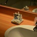 принадлежности туалетные