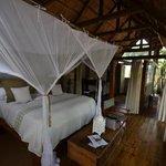 Honeymoon House Sondabezi Island
