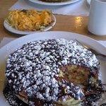 Chocolate Eclair Pancakes!