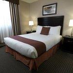 Regency Suites Hotel Calgary