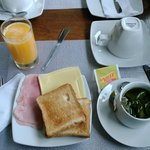 Breakfast - Continental and English