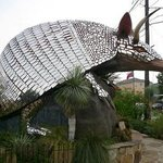 giant armadillo at Goode's Armadillo Palace