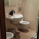 Il bagno, stanza 42 quarto piano