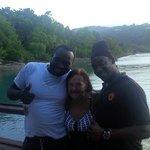 mi mama con el dj y el chef