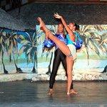 Night Show , Los Corales -Cuba