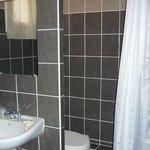Salle de bain chambre double ou lits jumeaux