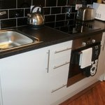 Fully fitted & equipped kitchen, including washer/dryer