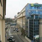 Вид на площадь Рынок и башни Мариацкого костела