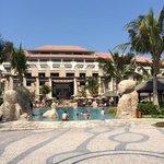 sofitel the palm smimming pool