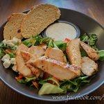 Eldstó Salad with chiken