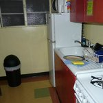 La cuisine commune à la chambre de 6 personnes