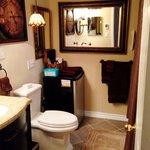 Guest bathroom Serenity Haven