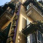 Hôtel, balcons et webcam de leur site internet !