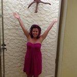 outside shower!!