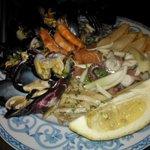 insalata di mare (bell' aspettp ma poco sapore:surgelata)