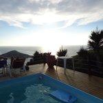 Por do sol visto da piscina.