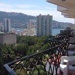 Vista parcial al mar desde habitaciones del 9no piso