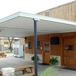 Randy's Ice House Patio and Entrance