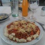 Restaurant hotel. Ñoquis salsas.  postre y bebida 60 un regalo