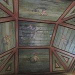 Hall das Serenas, mosaics on walls & paintings of mermaids