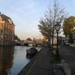 Il canale sul quale si affaccia l'Hotel
