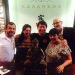 todos con Chef Mun y Buda