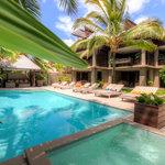 Pool & Villa Frontage