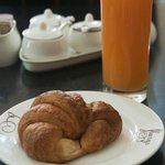 Croissant with juice !