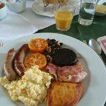 Full breakfast, I didn't need lunch!