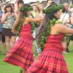 Lu'au dancers