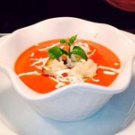 Tomato & basil soup with Parmesan croutons