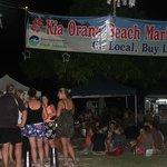 Muri beach market
