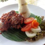 bebek pelalah (you should consider this for 2 person)