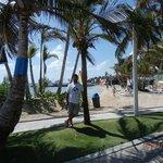 la playa privada del hotel