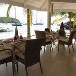 the beach restaurant at the Inn