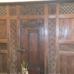 This is the ornate door that separates the room next door just in case you need both rooms.