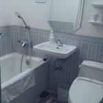 很有設計感的浴室