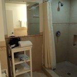 Unit 7 Bathroom
