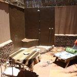 Outdoor shower of Retangular Suite