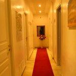 Vue du couloir menant aux chambres (5ème étage)