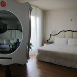 Bed - cool mirror/TV combo
