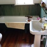 The Cottage bathroom