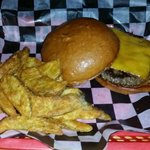 TEXAS HAMBURGER w/CHEDDAR CHEESE  - BIG HENRY