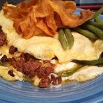 Omelet with chorizo andn fried sweet potato chips