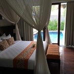 Royal Pool Villa Room